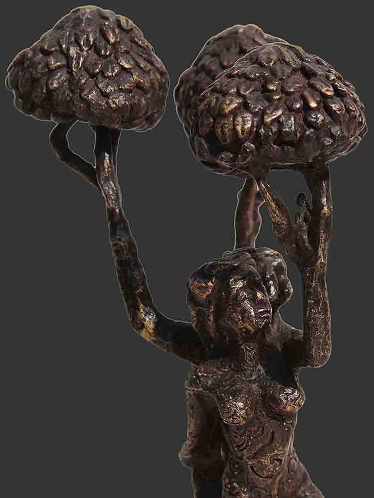 h8.5xl5.5xw4.5inchesbronze-sculpture2018a420b-detail-2-min